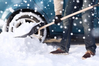 Lynn-Car-Snow-Removal